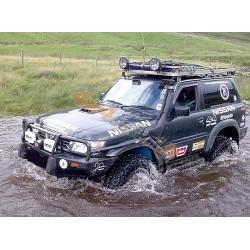Nissan Patrol Y61 ortakis