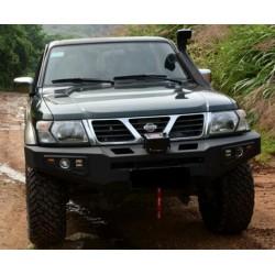 Nissan Patrol Y61 priekinis...